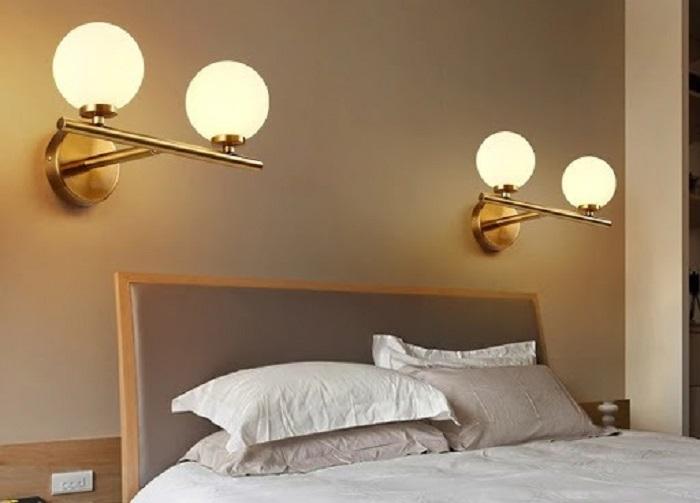 đèn treo tường phòng ngủ