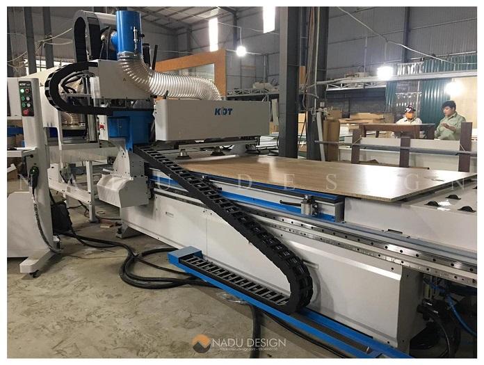 Máy móc hiện đại tại xưởng sản xuất nội thất NaDu Design