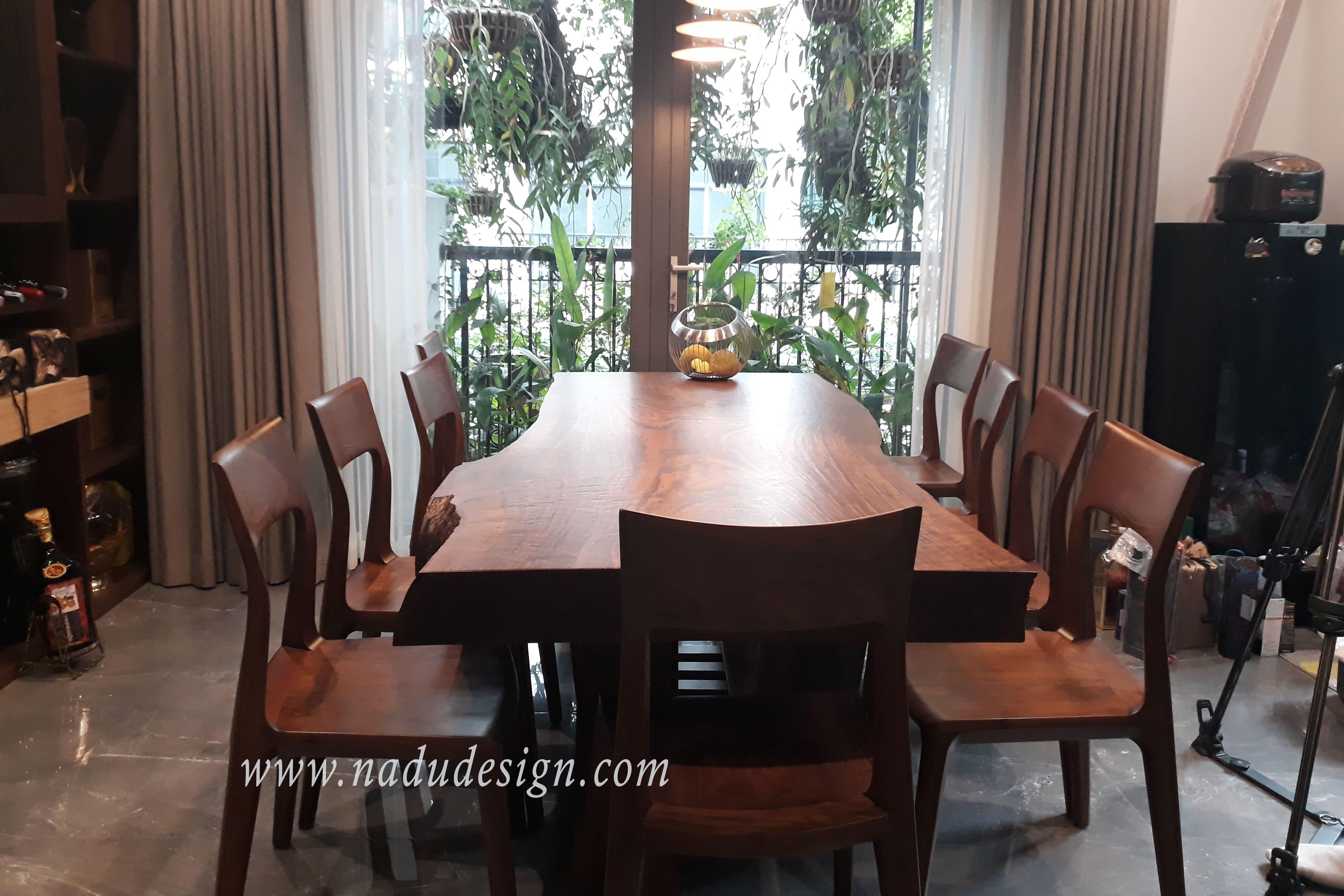 bộ bàn ăn nguyên tấm gỗ óc chó 8 ghế