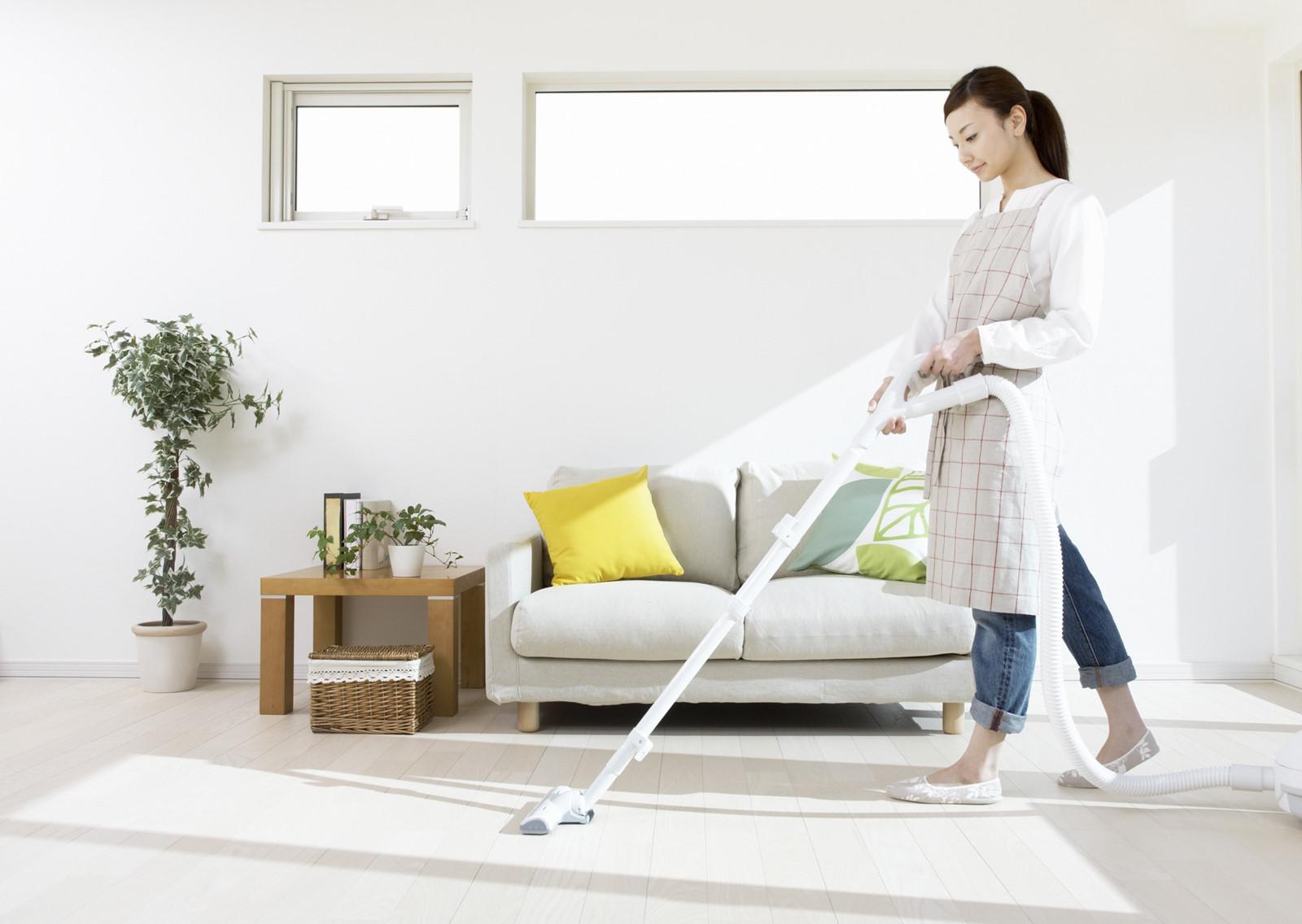 Vệ sinh, lau dọn các bề mặt nội thất, phòng ngừa corona