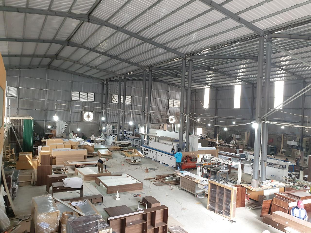 Nhà xưởng rộng > 2000m vuông của NaDu Design