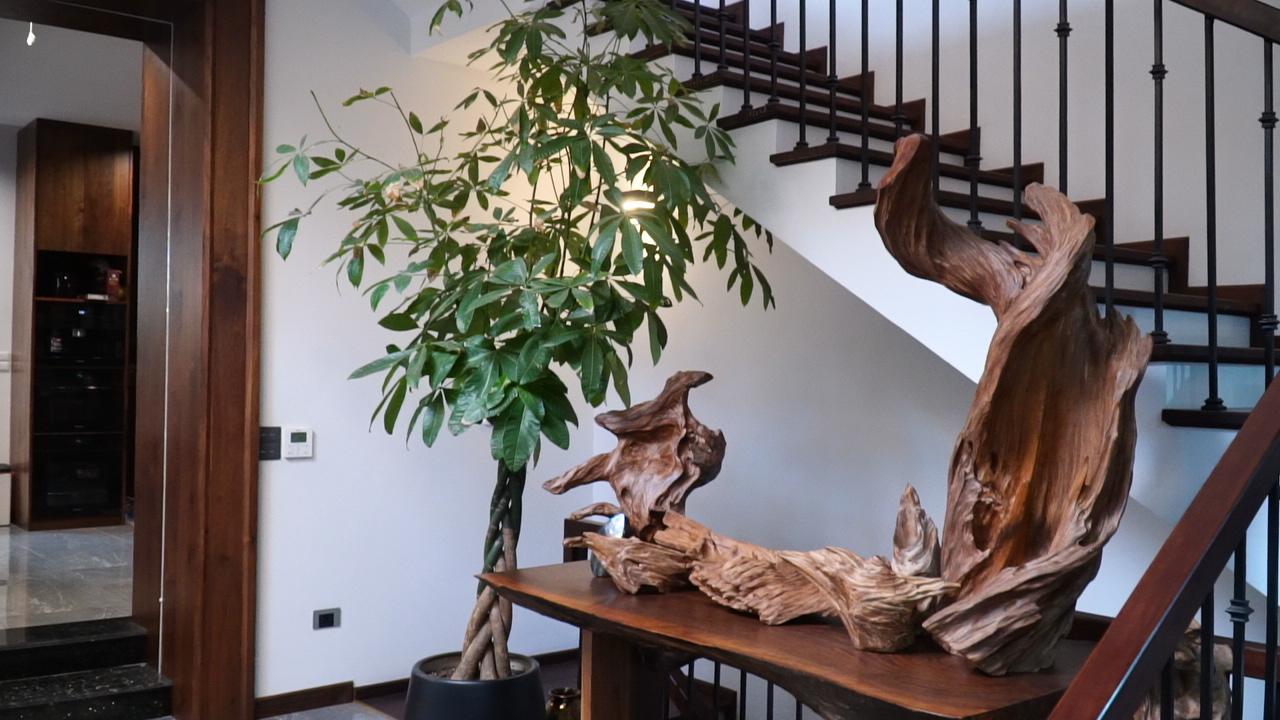 Thi công nội thất gỗ óc chó tại công ty kiến trúc nội thất cao cấp NaDu